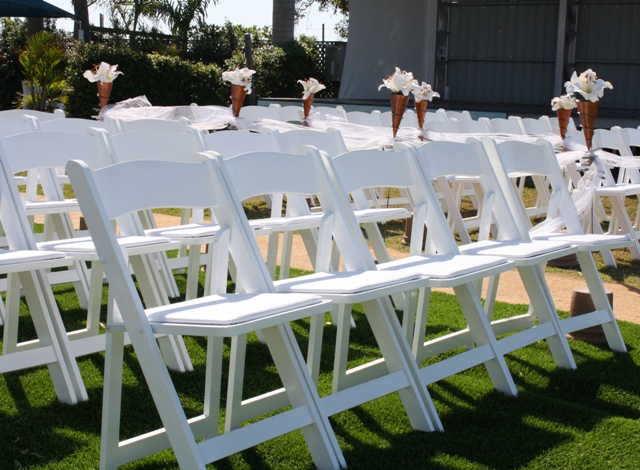 WHOLESALE White Wood Folding Chairs-Cheap Prices Wood Chairs