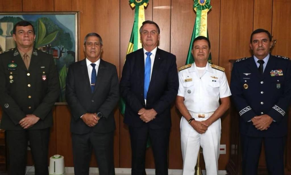 Comandantes e Bolsonaro