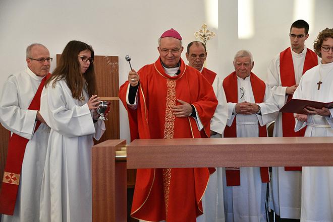 Dedicacao_igreja_rogil (45)