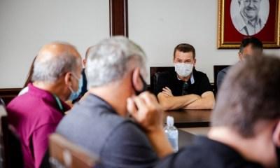 Pandemia: Prefeitos do litoral aderem ao decreto estadual