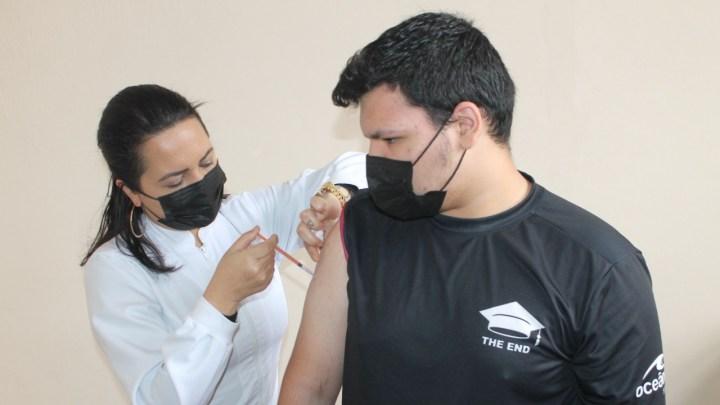 Mais de 88 mil pessoas já tomaram as duas doses da vacina em Paranaguá