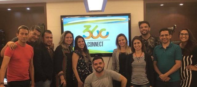 Parte da equipe nacional da 360 Way Up reunida no primeiro 360 Connect
