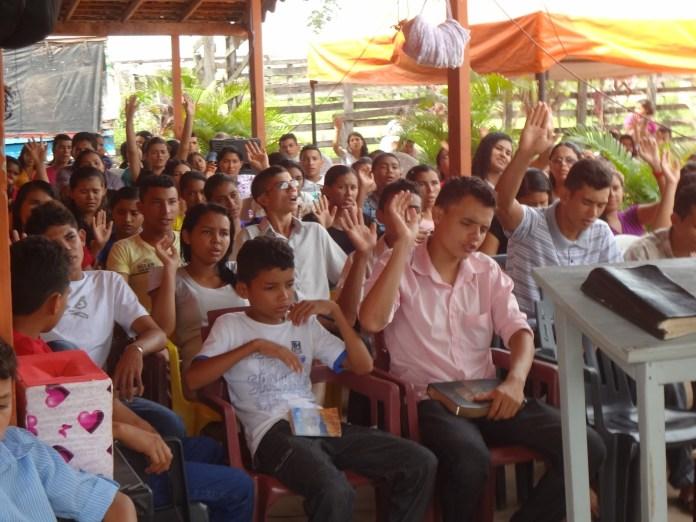 Retiro espiritual de igreja evangélica durante o carnaval