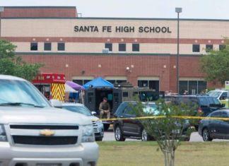 Escola no Texas, EUA, onde adolescente matou 10 pessoas (maio 2018)