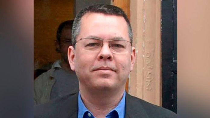 Pastor Andrew Brunson está preso na Turquia