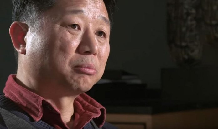 O pastor Paul Song chegou a ser agredido por muçulmanos que não aceitavam seus ensinos na prisão. (Foto: Reprodução)
