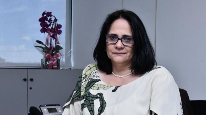 Futura ministra Damares Alves relata os casos de estupro dos quais foi vítima quando criança ( Imagem: Rafael Carvalho/Divulgação)