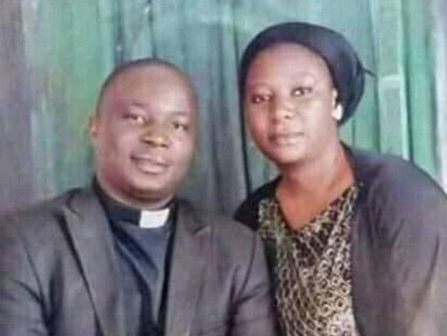 Pastor Jatau, sua esposa e família estavam viajando para assumir um novo ministério quando foram atacados