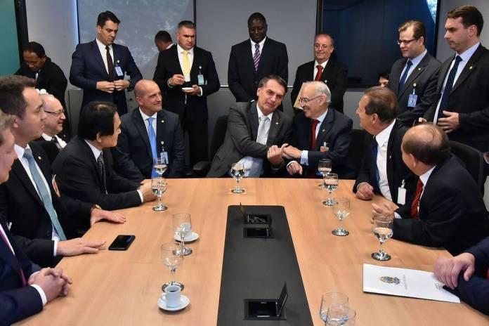 Jair Bolsonaro em encontro com a bancada evangélica antes de assumir a Presidência, em Brasília (Foto: Rafael Carvalho - 28.nov.2018)