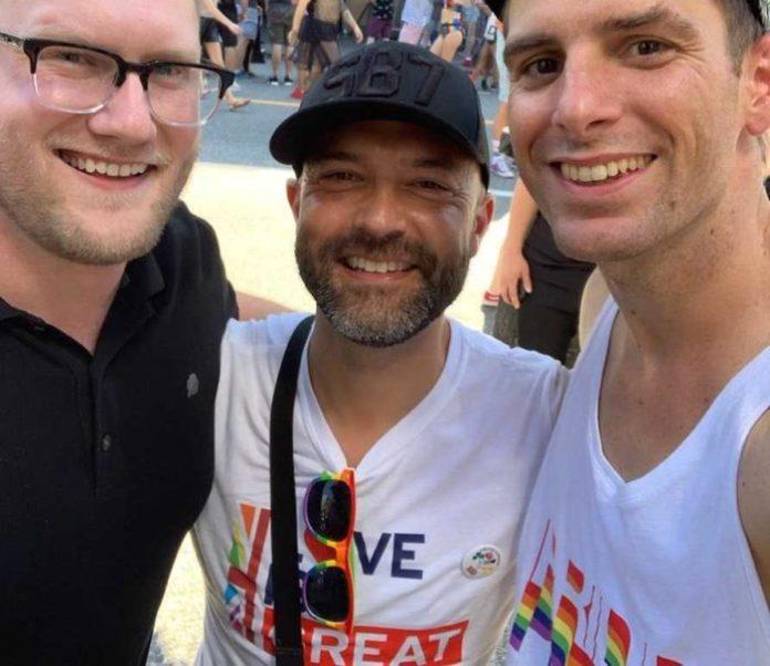 Matthias Roberts, Joshua Harris e Trey Pearson