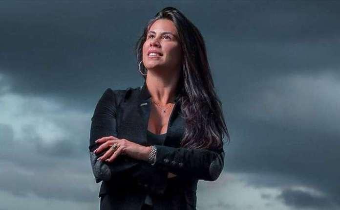A pastora e cantora gospel Fernanda Fé, morre após lipoaspiração Foto: Divulgação