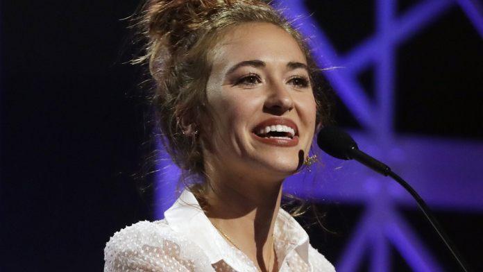 Lauren Daigle ganhou o Dove Awards 2019 nas categorias