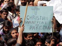 Cristãos no Paquistão pedem paz
