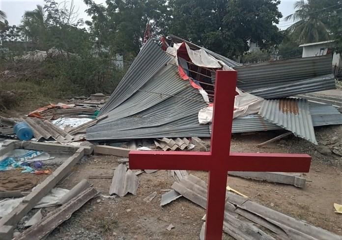 Igreja destruída na Índia