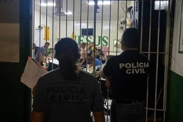 Igreja fechada em Belém, Pará.