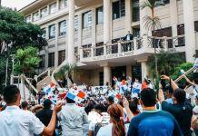 Milhares de evangélicos panamenhos marcham para defender o casamento heterossexual. / Facebook Hosanna Vision.