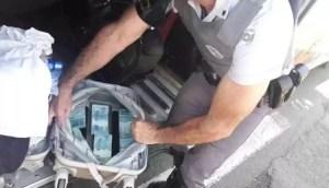 Read more about the article Ao ser flagrado com R$ 60 mil em ônibus, Libanês diz à polícia que dinheiro era para comprar nozes