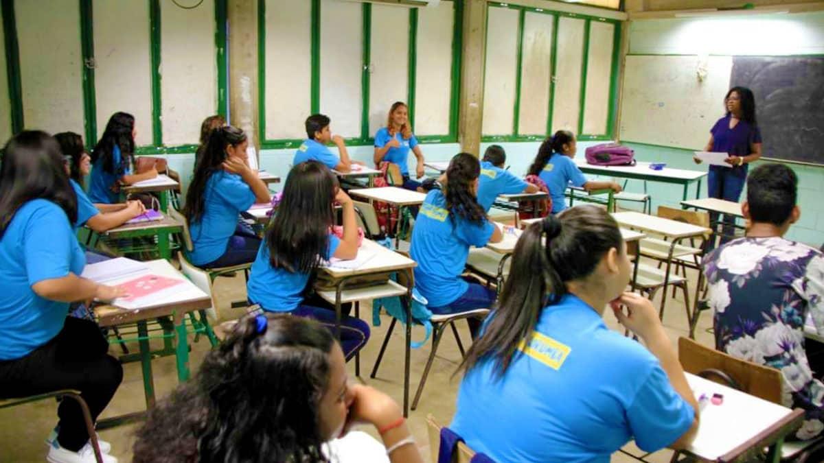 Read more about the article REME define datas para rematrículas de alunos em Corumbá