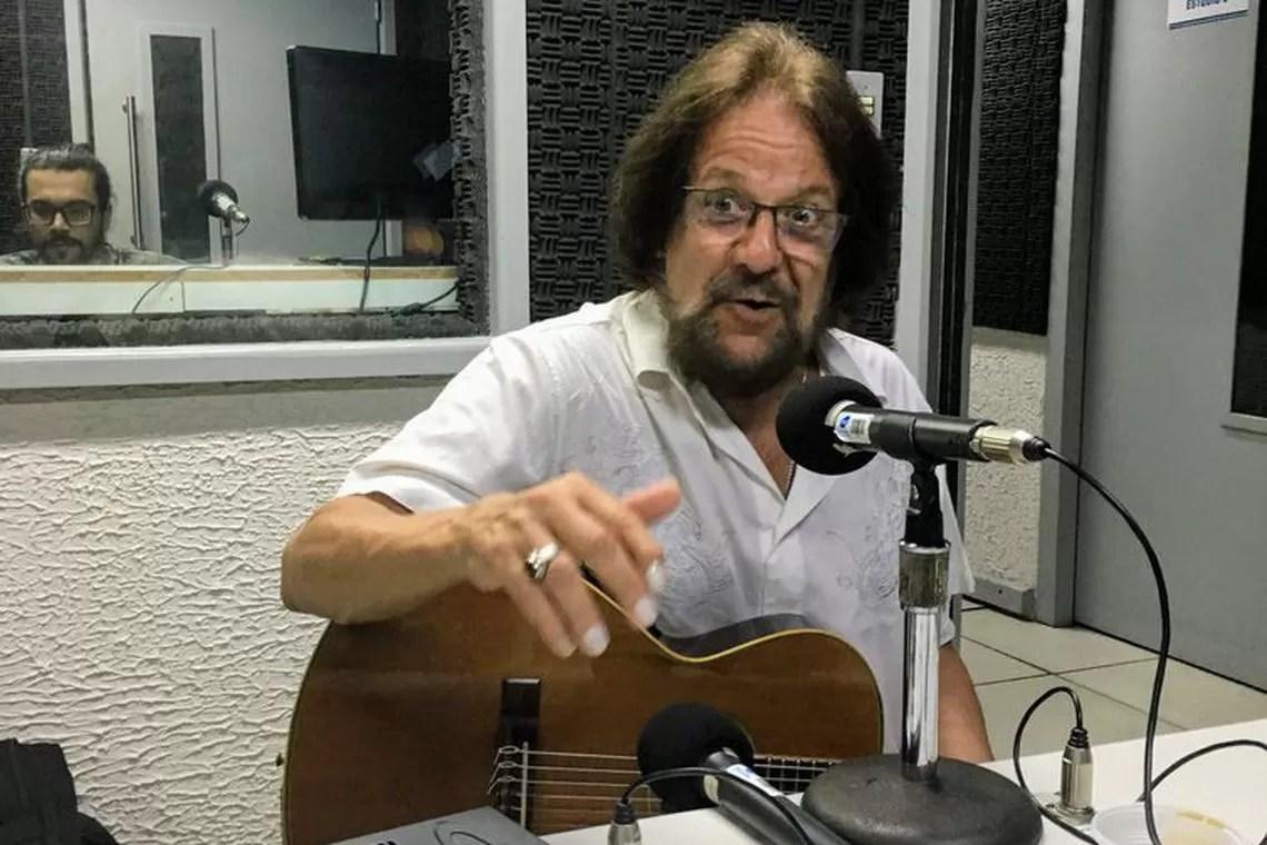 Read more about the article Morre, aos 69 anos, o cantor e compositor Tunai