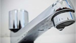 Read more about the article Sanesul mantém suspenso corte de água para famílias de baixa renda