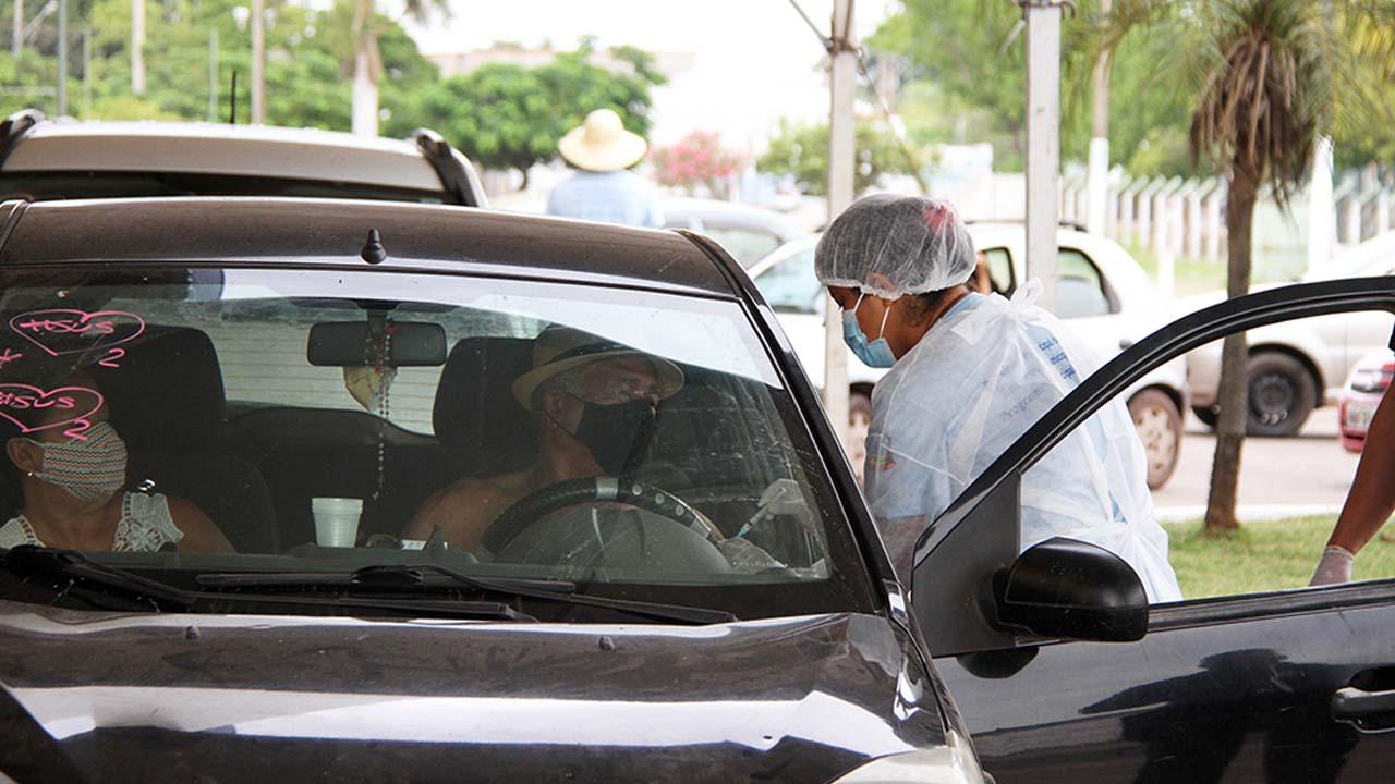 You are currently viewing Segunda dose da vacina e grupos prioritários serão imunizados nesta quarta em Corumbá