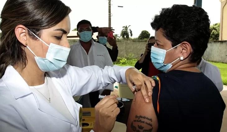 You are currently viewing Com 35.104 doses, MS bate recorde na aplicação de vacina contra o Coronavírus