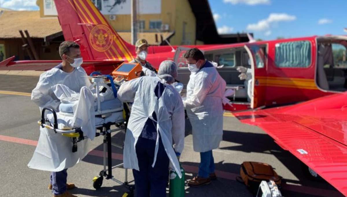Read more about the article Em ajuda humanitária, Roraima recebe oito pacientes de Dourados com Covid-19