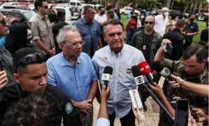Read more about the article Pesquisa Genial/Quaest: 54% dos entrevistados afirmam que Auxílio Brasil não dará voto a Bolsonaro
