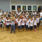 Alunos do Ifes Guarapari ajudam crianças do bairro Lameirão