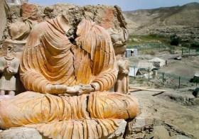 Mais um mês de vida para Mes Aynak