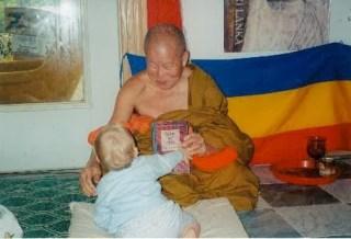passo a passo maha ghosananda budismo