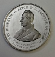 front of medal depicting profile of REv. Hezeiah G. Leigh