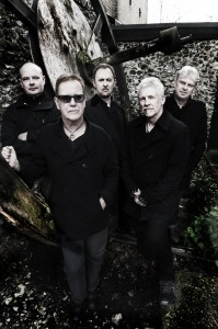 Oysterband 1 by Judith Burrows
