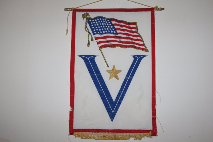 1942 WWII Service Flag Gold Star V Victory 48 Star
