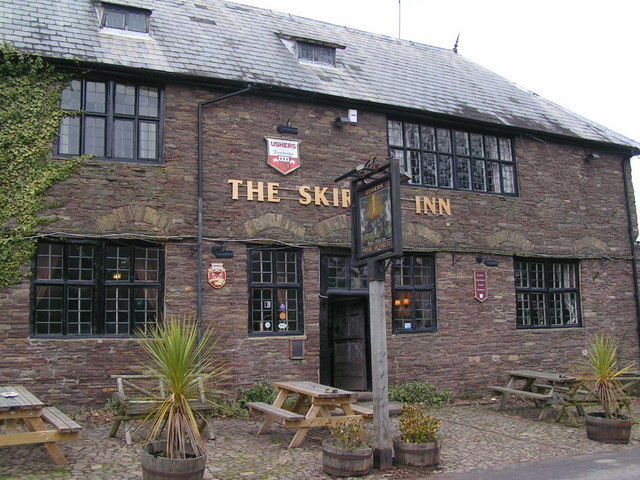 The Skirrid Mountain Inn © Andy Dolman, CC BY-SA 2.0, https://commons.wikimedia.org/w/index.php?curid=13859381