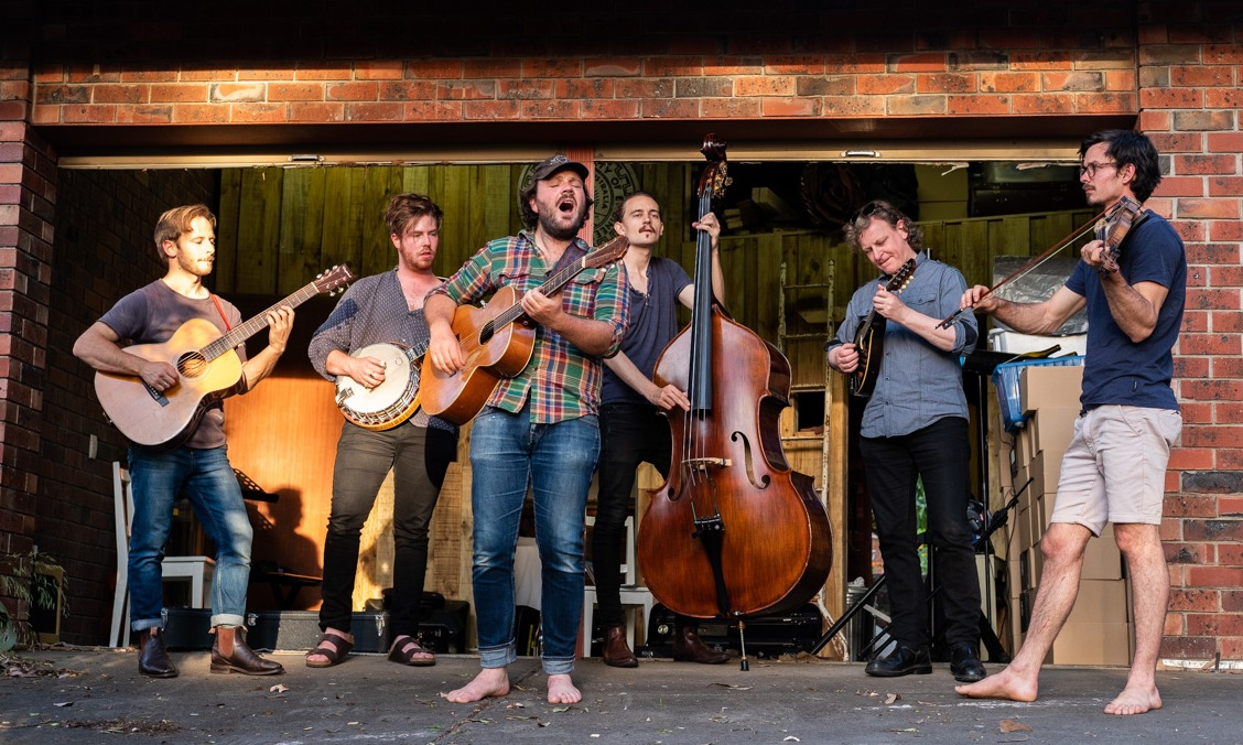 Max Savage and the Lofty Mountain Band + The Yearlings + Stable Hands