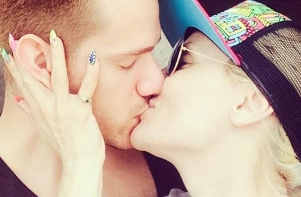 goca i rasa poljubac