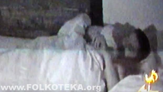 vlada i tamara u krevetu