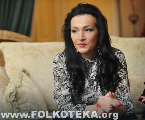 goca bozinovska u vili parova