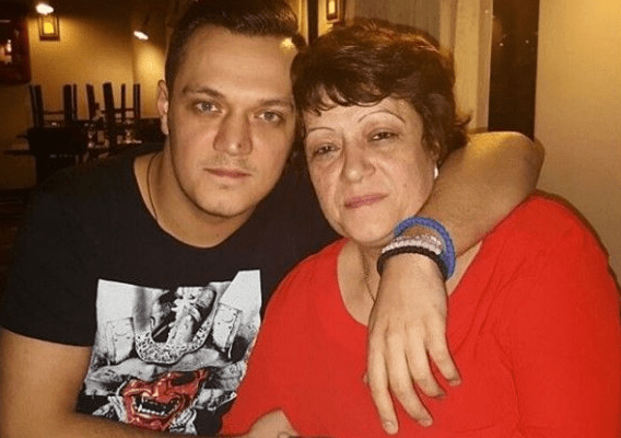 umrla gastozova majka