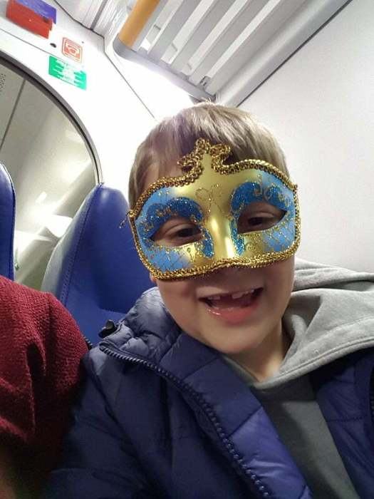 mascherina-in-treno