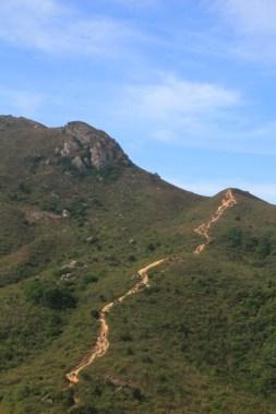 前往老虎頭的山路