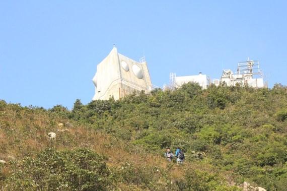山頂的發射站