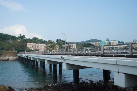貫通大利島與坪洲的大利橋