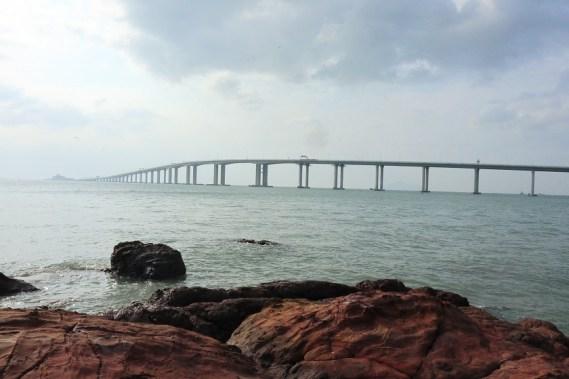 沿途都可以看見的港珠澳大橋