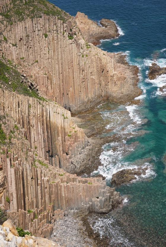 海浪拍打萬柱海岸