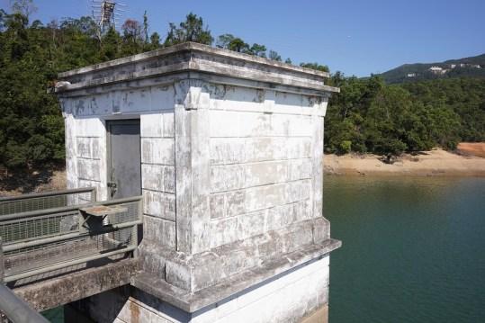 香港仔水塘下水塘水掣房 (二級歷史建築物)