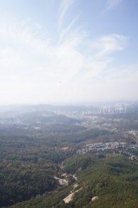 遠處是首爾的景色