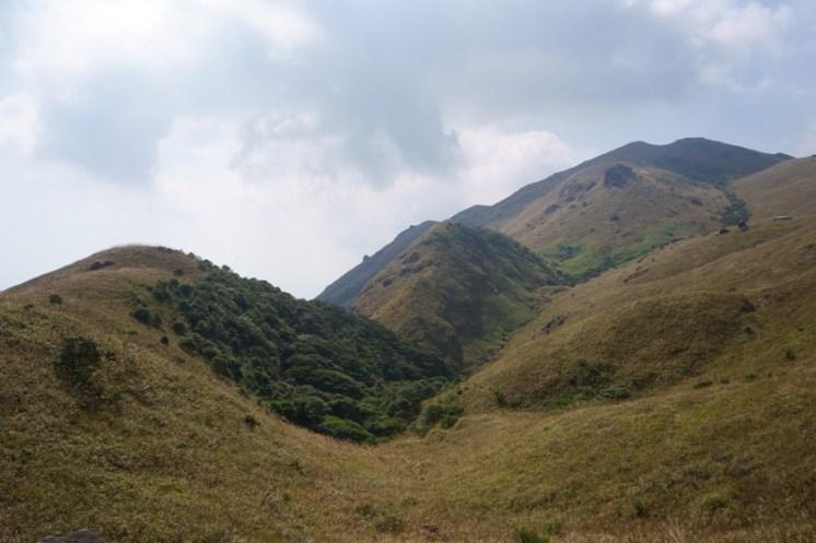 山谷下便是天池的所在
