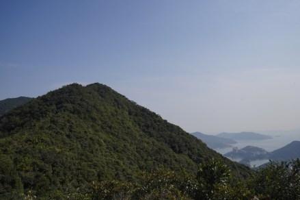 回看走過的畢拿山